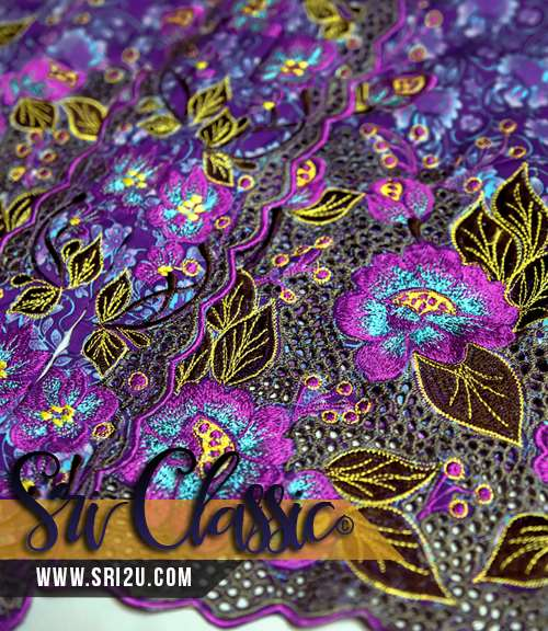Corak Sulam Kerawang Baju Kebaya Tradisional Bunga Keladi Bunting dan Putik Inai