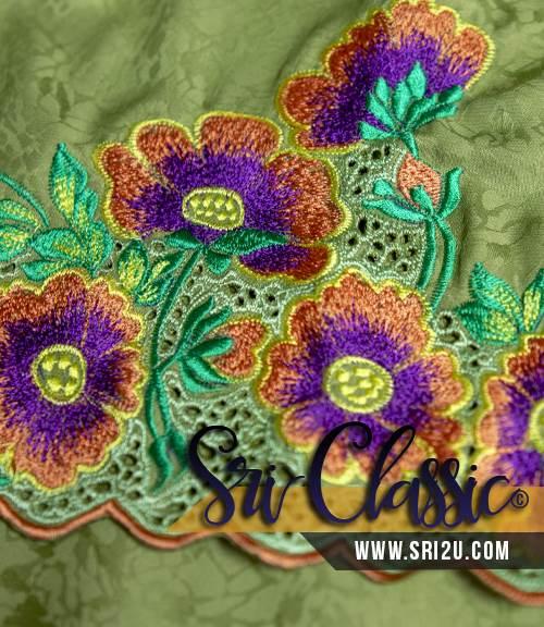 Sulaman Baju Kurung Tradisional